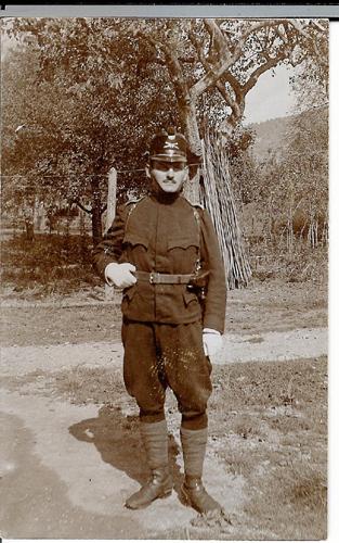 Jakob_Fischer_Geb_1885_1911_Leutnant